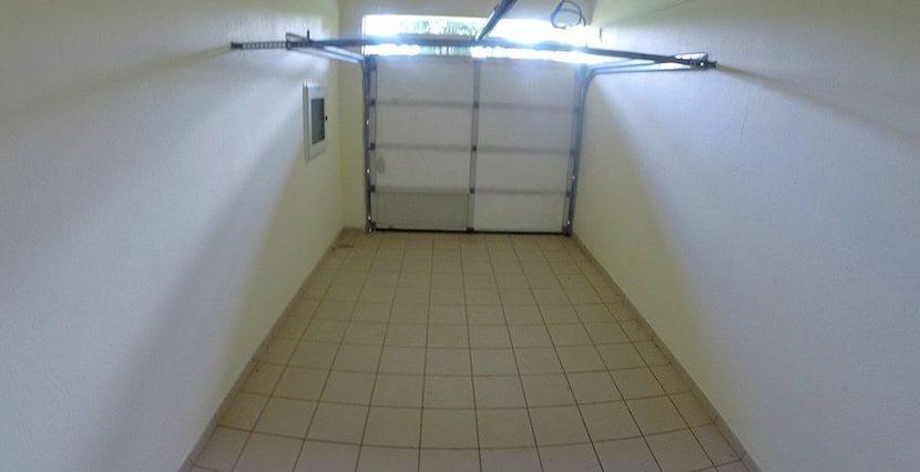 kan001_garage