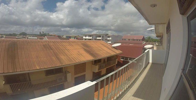 ard004_balcon2