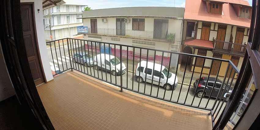ngk003_balcon